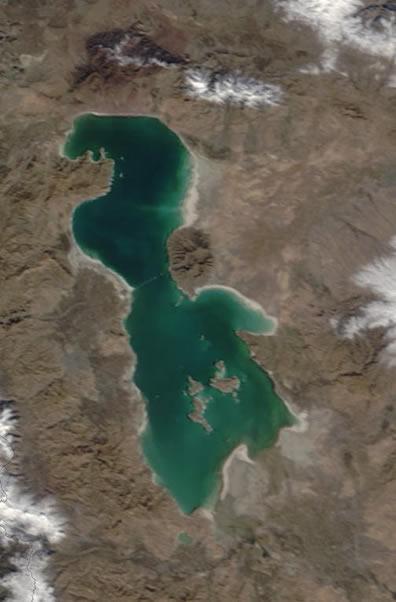 Lake_Urmia.jpg